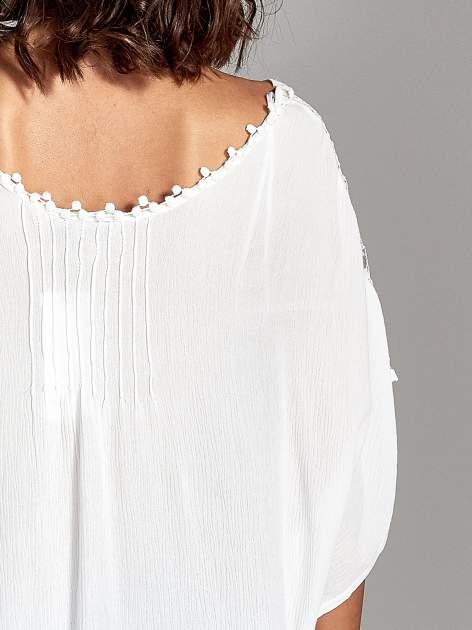 Ecru koszula nietoperz z koronkowym wykończeniem                                  zdj.                                  6