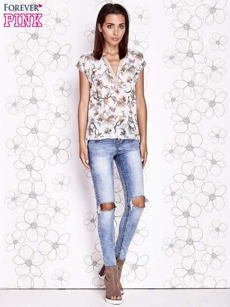 Ecru koszula z kwiatowym motywem i ażurowym tyłem                                  zdj.                                  2