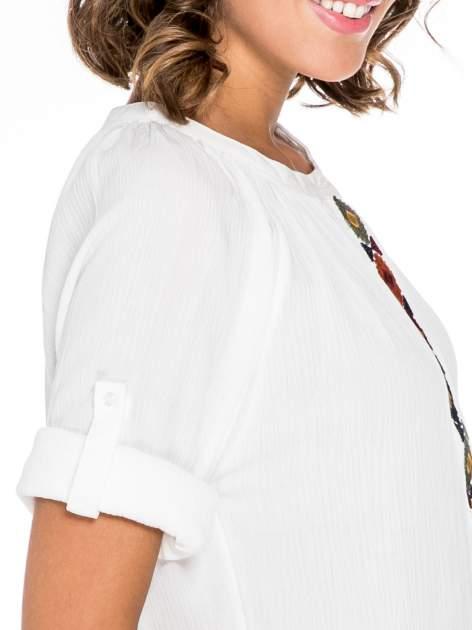 Ecru koszula z marszczonym dekoltem i wzorzystą wstawką w stylu hippie                                  zdj.                                  6