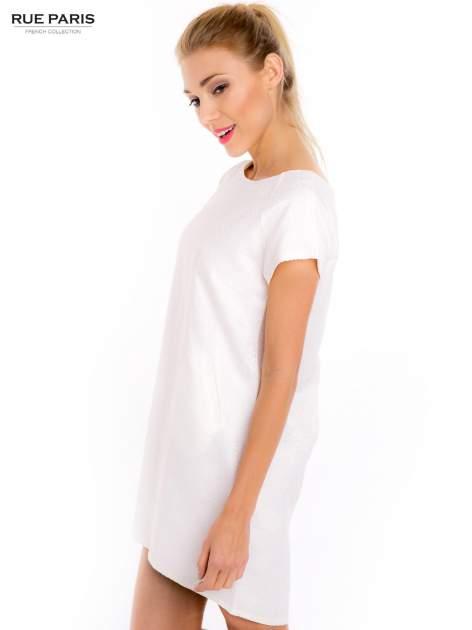 Ecru prosta sukienka tłoczona w róże z suwakiem z tyłu                                  zdj.                                  4