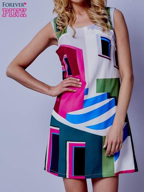 Ecru sukienka w kolorowe geometryczne wzory