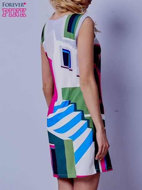 Ecru sukienka w kolorowe geometryczne wzory                                  zdj.                                  4