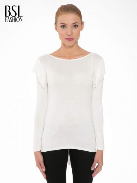 Ecru sweter z frędzlami przy ramionach i dekoltem na plecach