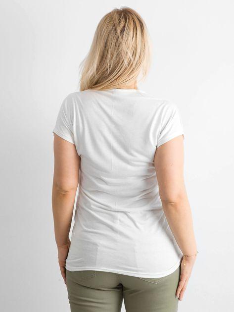 Ecru t-shirt damski z nadrukiem PLUS SIZE                              zdj.                              2