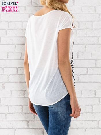 Ecru t-shirt z dziewczęcym nadrukiem                                   zdj.                                  4