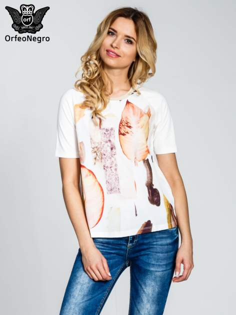 Ecru t-shirt z nadrukiem all over floral print