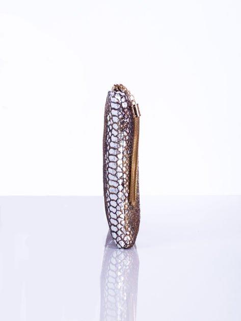 Elegancka kopertówka z motywem wężowej skóry srebrna                              zdj.                              5