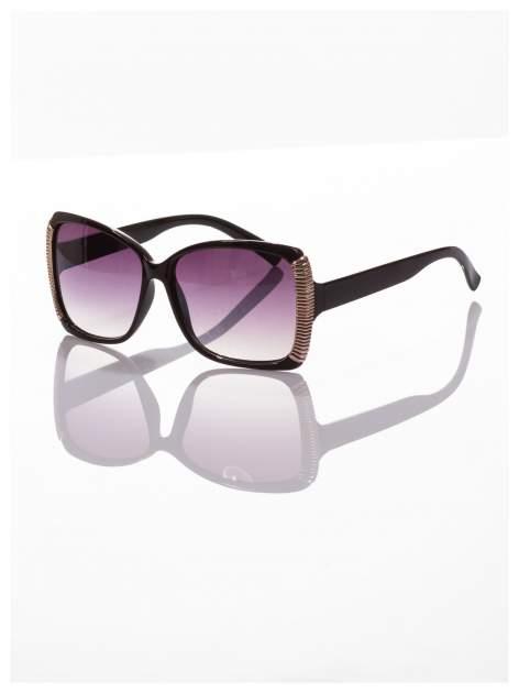 Eleganckie czarne okulary przeciwsłoneczne ze srebrnymi bokami                                  zdj.                                  1