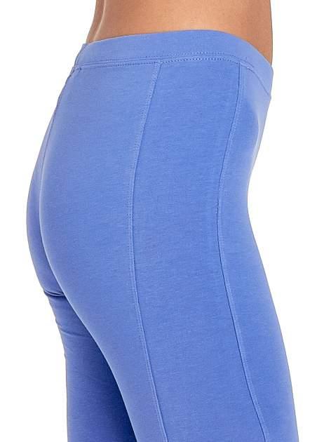 Fioletowe legginsy sportowe z drapowaniem                                  zdj.                                  5