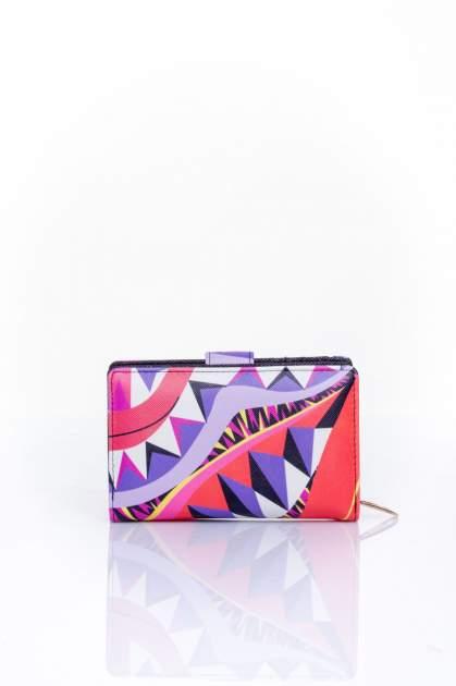 Fioletowy portfel w graficzne wzory                                  zdj.                                  2