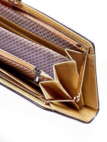 Fioletowy portfel z motywem skóry węża z biglem                                  zdj.                                  4