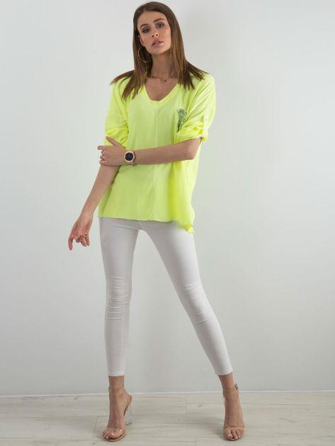Fluo żółta bluzka damska z cekinową kieszenią                              zdj.                              4