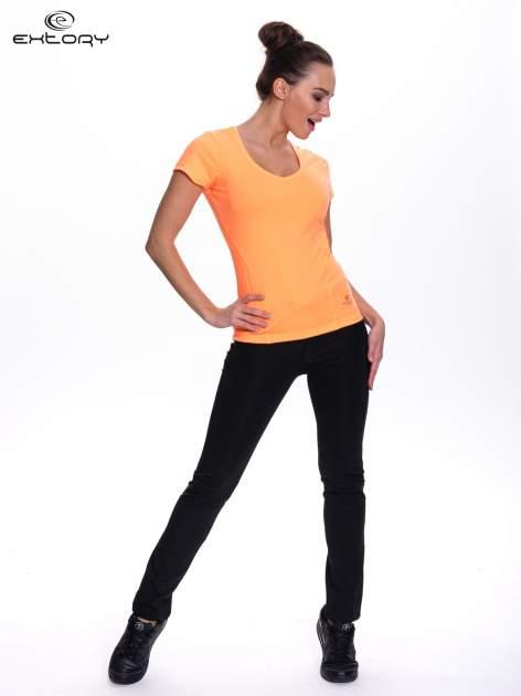 Fluopomarańczowy t-shirt sportowy PLUS SIZE                                  zdj.                                  2