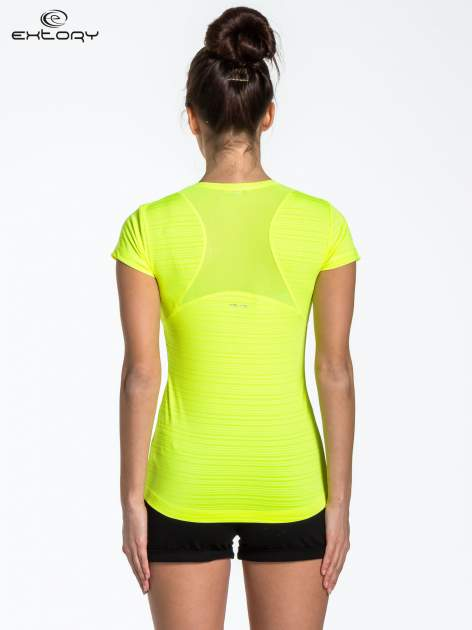 Fluożółty t-shirt sportowy w paseczki                                  zdj.                                  3