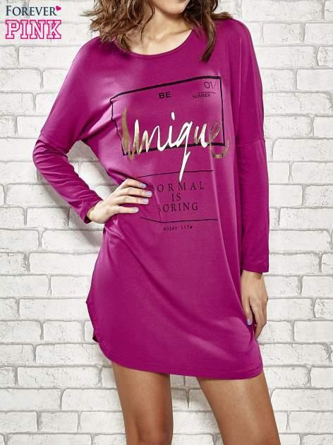 Fuksjowa sukienka ze złotym napisem UNIQUE