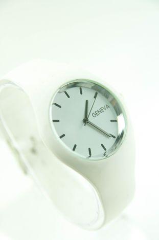 GENEVA Biały zegarek damski na silikonowym pasku                                  zdj.                                  2