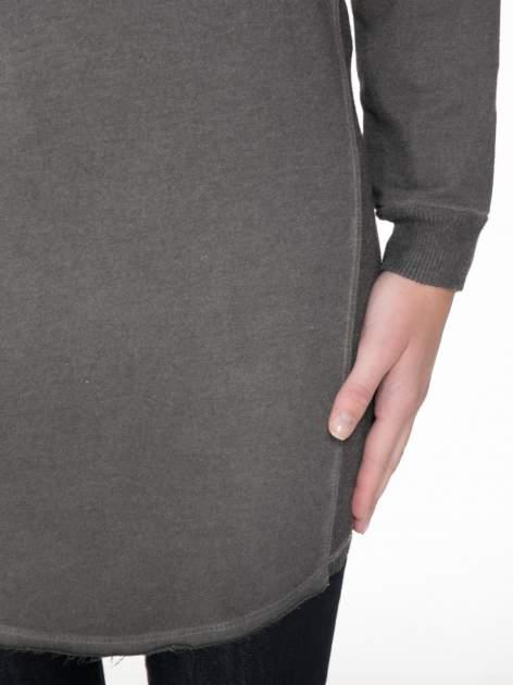 Grafitowa dresowa sukienkotunika z zaokrąglonym dołem                                  zdj.                                  6