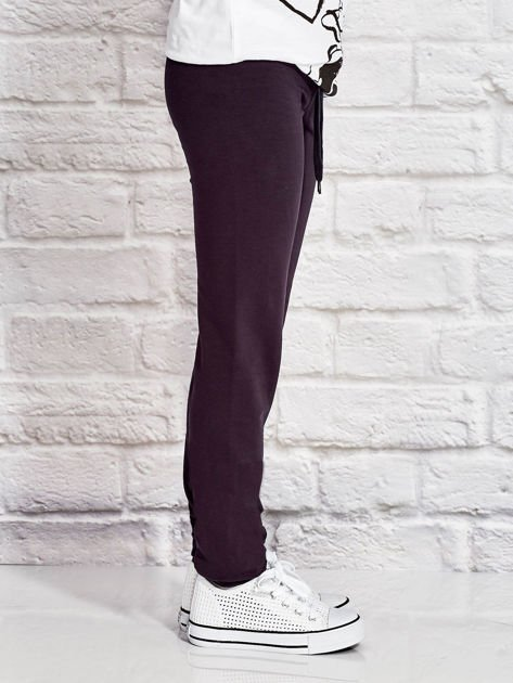Grafitowe spodnie dresowe dla dziewczynki z pandą                                  zdj.                                  3