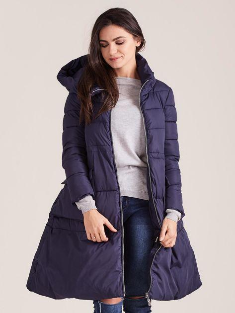 Granatowa asymetryczna kurtka zimowa                              zdj.                              6