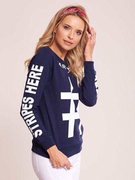 Granatowa bawełniana bluza z nadrukiem hashtaga                              zdj.                              6