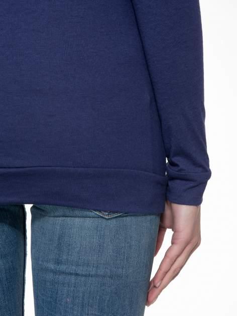 Granatowa bawełniana bluzka z rękawami typu reglan                                  zdj.                                  7