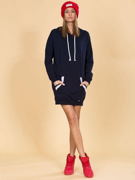 Granatowa bluza damska z kapturem                              zdj.                              4