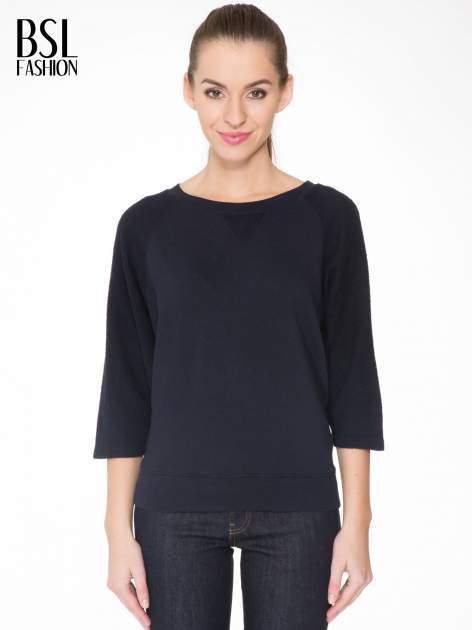 Granatowa bluza oversize z łączonych materiałów                                  zdj.                                  1