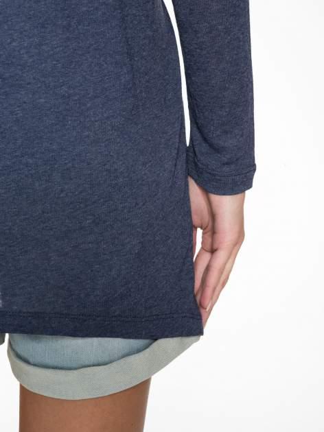 Granatowa bluzka z asymetrycznym cięciem na dole                                  zdj.                                  6