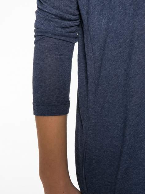Granatowa bluzka z asymetrycznym cięciem na dole                                  zdj.                                  8