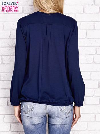 Granatowa bluzka ze ściągaczem na dole                                  zdj.                                  4