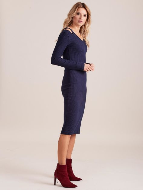 Granatowa dopasowana sukienka cold shoulder                              zdj.                              3