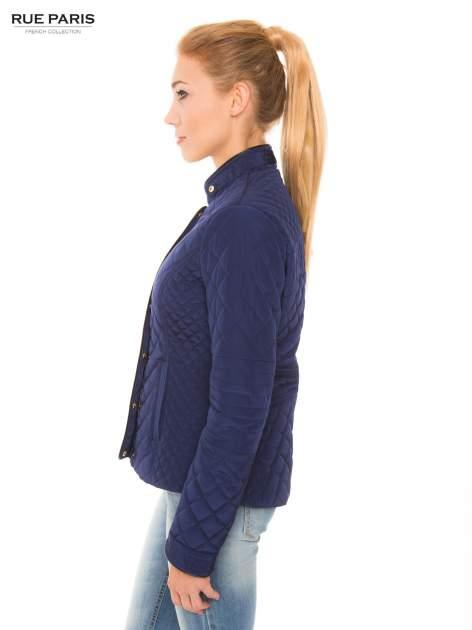 Granatowa pikowana kurtka ze skórzaną lamówką                                  zdj.                                  2