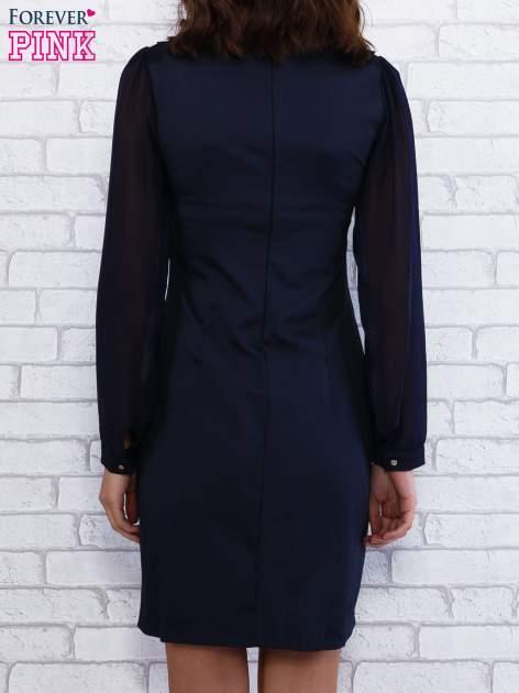Granatowa sukienka z długimi transparentnymi rękawami                                  zdj.                                  2
