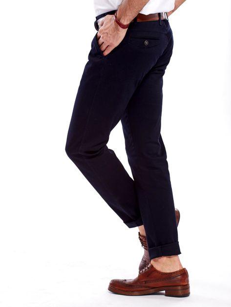 Granatowe bawełniane spodnie męskie                               zdj.                              7