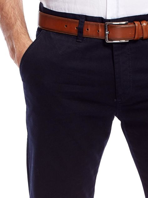 Granatowe bawełniane spodnie męskie                               zdj.                              9