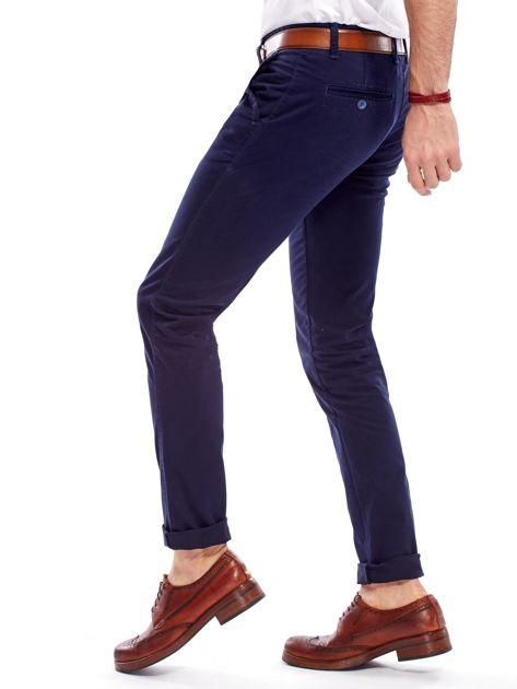 Granatowe bawełniane spodnie męskie chinosy                               zdj.                              8