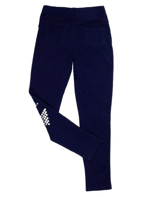 Granatowe legginsy dla dziewczynki z rozcięciami i aplikacją                              zdj.                              2