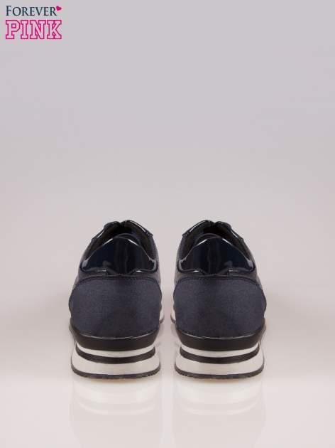 Granatowe miejskie buty sportowe textile Excellence na warstwowej podeszwie                                  zdj.                                  3