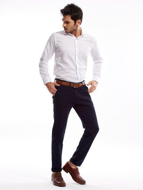 Granatowe spodnie męskie chinosy o prostym kroju                              zdj.                              6