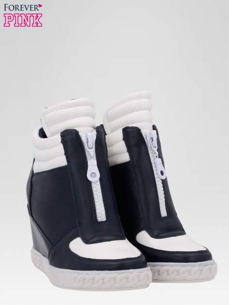 Granatowo-białe sneakersy damskie z suwakiem                                  zdj.                                  2