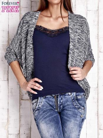 Granatowy melanżowy sweter z otwartym dekoltem                                  zdj.                                  1