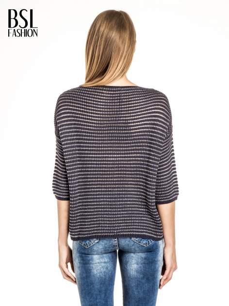 Granatowy półtransparentny sweter w prążki                                  zdj.                                  2