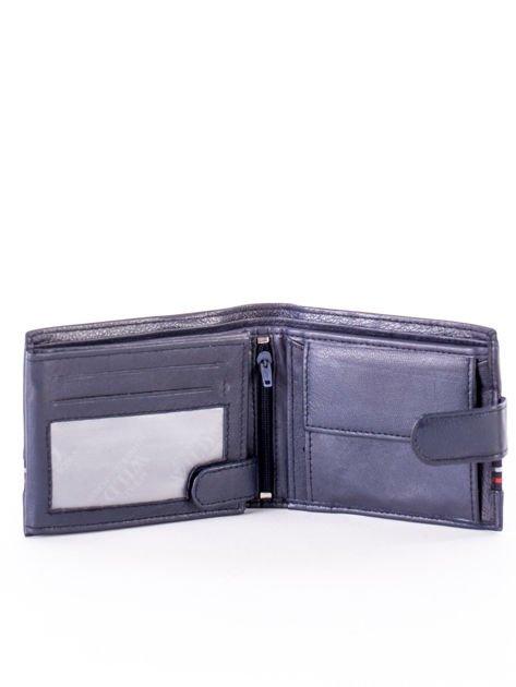 Granatowy portfel dla mężczyzny z materiałowym modułem                              zdj.                              3