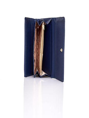 Granatowy portfel z białym wykończeniem                                  zdj.                                  5