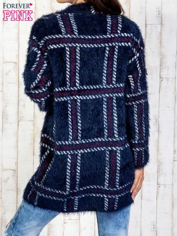 Granatowy sweter w kratę z kieszeniami                                  zdj.                                  5