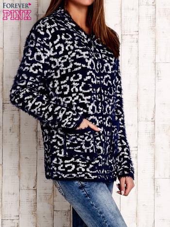 Granatowy sweter zapinany na suwak                              zdj.                              3