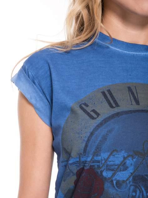 Granatowy t-shirt z nadrukiem GUNS N' ROSES                                  zdj.                                  7