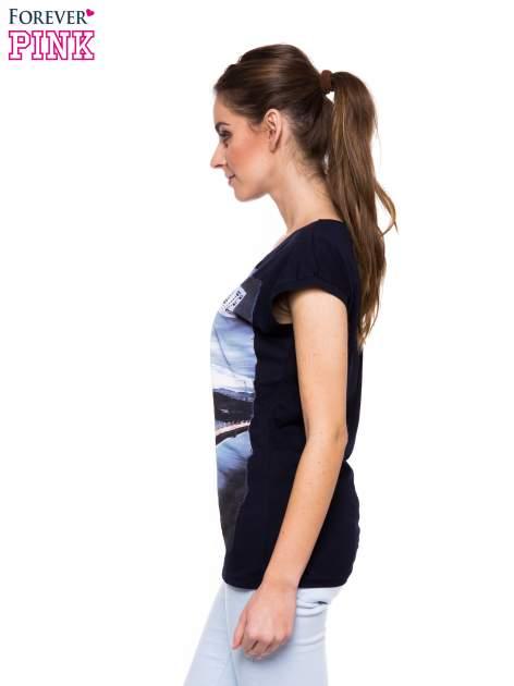 Granatowy t-shirt z nadrukiem San Francisco                                  zdj.                                  2