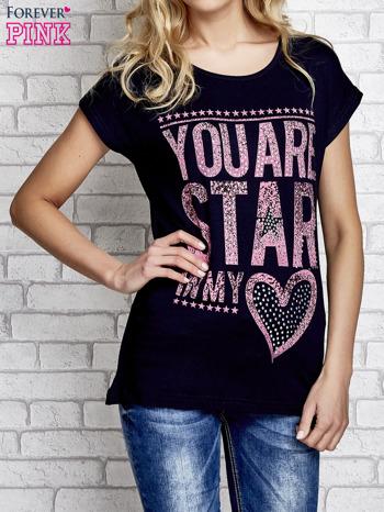 Granatowy t-shirt z napisem YOU ARE STAR IN MY HEART z dżetami                                  zdj.                                  1