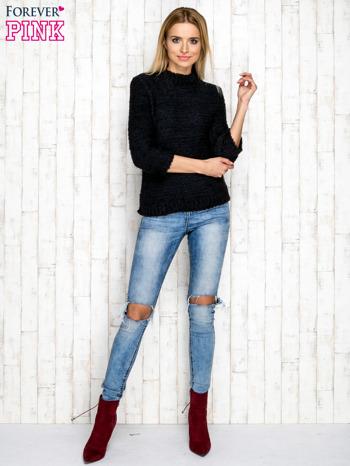 Granatowy wełniany sweter z dłuższym włosem                                  zdj.                                  4